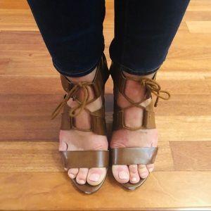 Indigo Rd. sandals sz 8.5